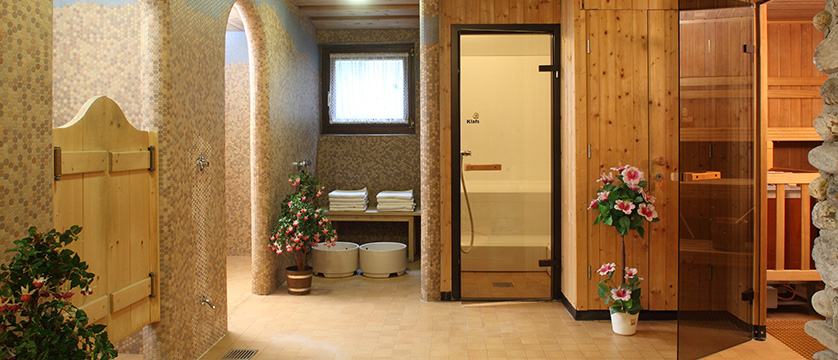 Hotel Alte Post, Ellmau, Austria - Spa area.jpg